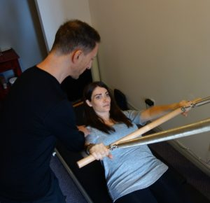 karen-gets-physiotherapy3